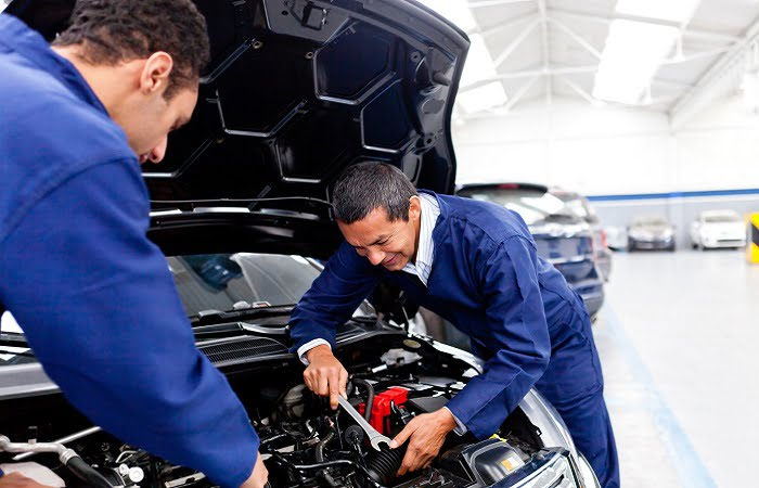 8 Minor Auto Repairs That Help You Prevent Costly Fixes
